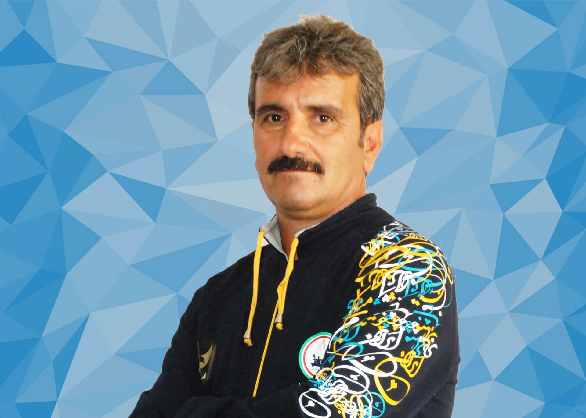 انوش عباسی مربی تیم ملی کایاک زیر 23 سال و جوانان: در رشته آبهای آرام نیاز به پشتوانه سازی داریم