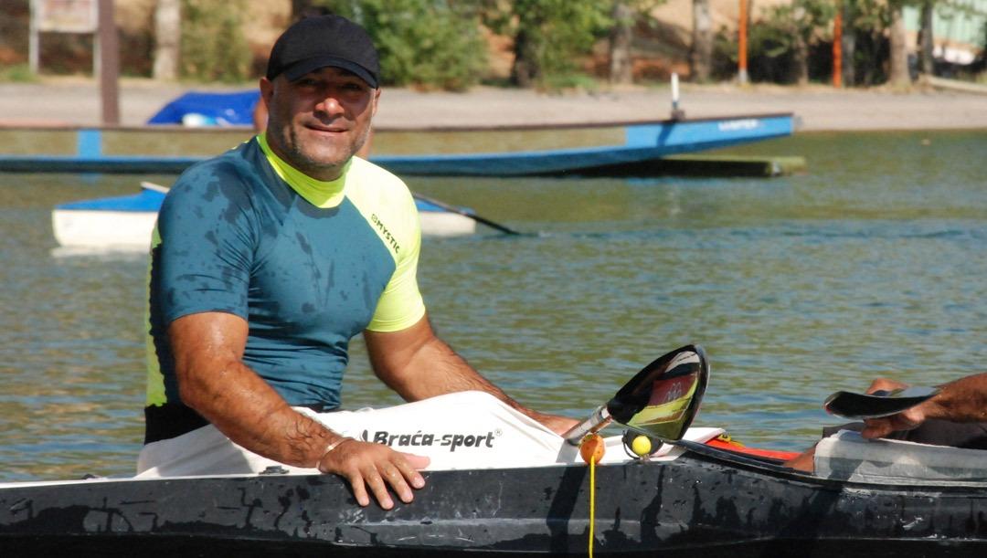 نادر عیوضی: آسیبدیدگی کتف، شرایطم را برای انجام تمرینات قایقرانی سخت کرده است