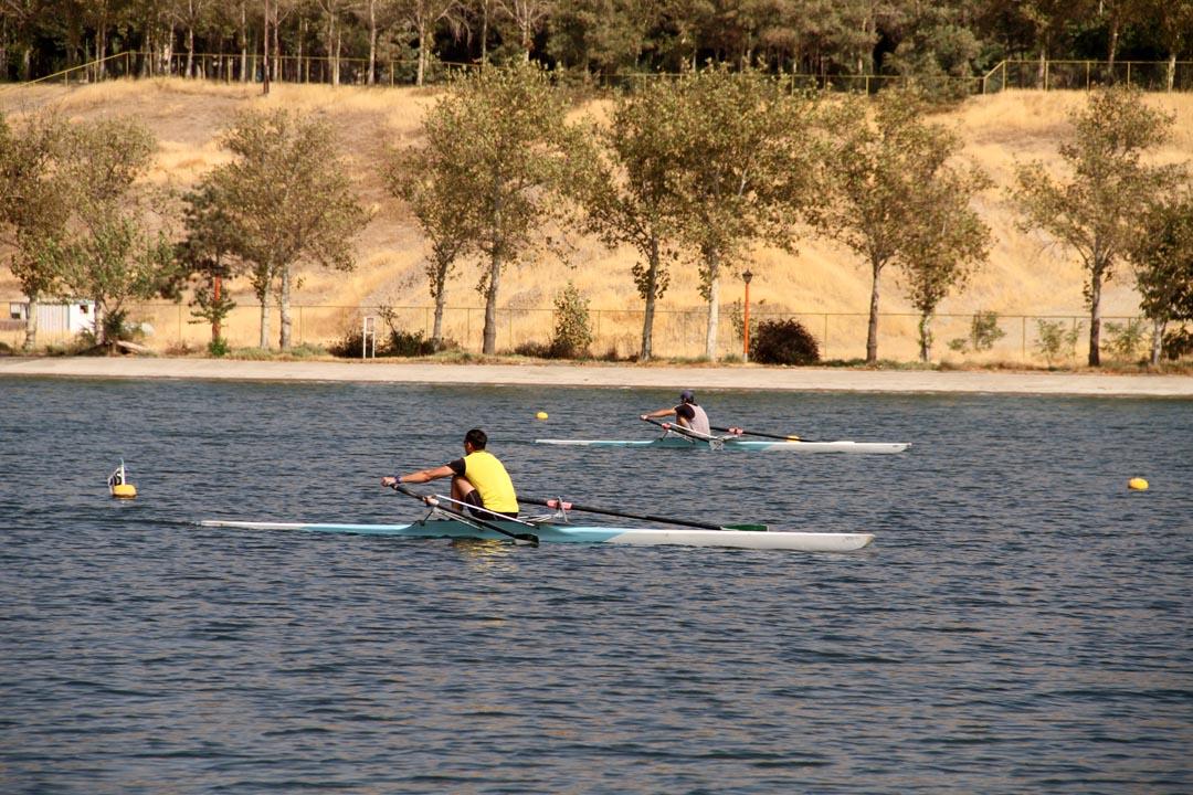 اردوی تیم ملی روئینگ برای انتخابی المپیک در دریاچه آزادی برگزار میشود