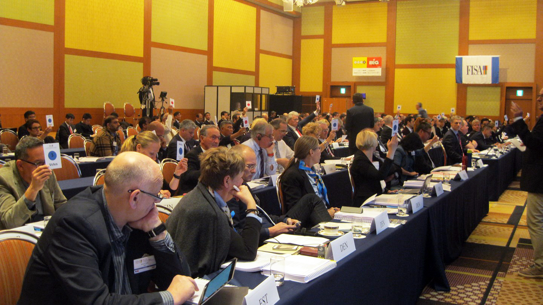 رئیس فدراسیون قایقرانی عازم اتریش شد