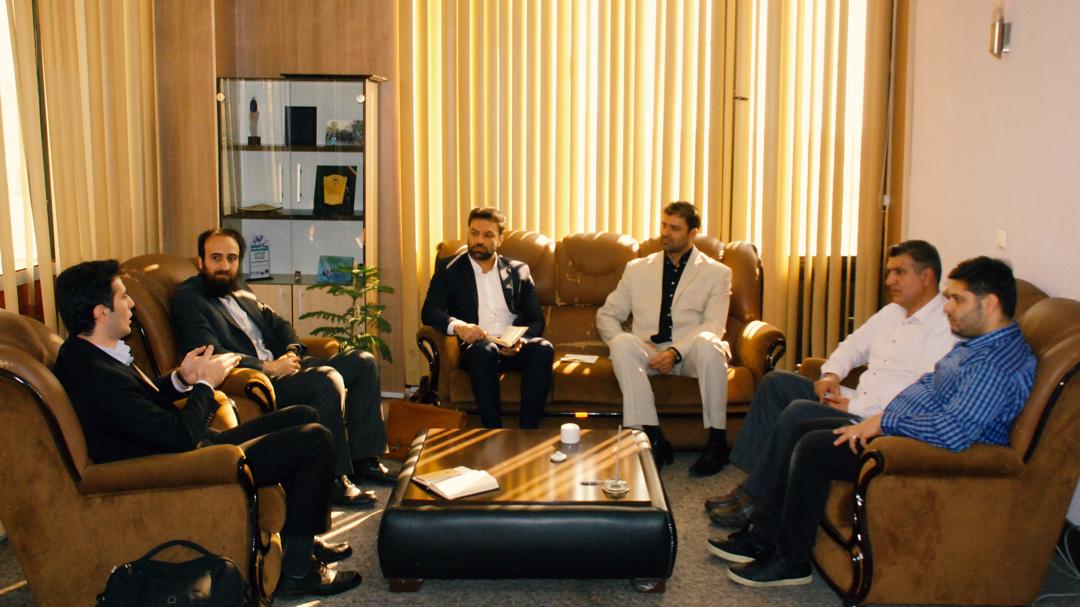 دیدار رئیس فدراسیون قایقرانی با رئیس شبکه فنبازار ملی ایران