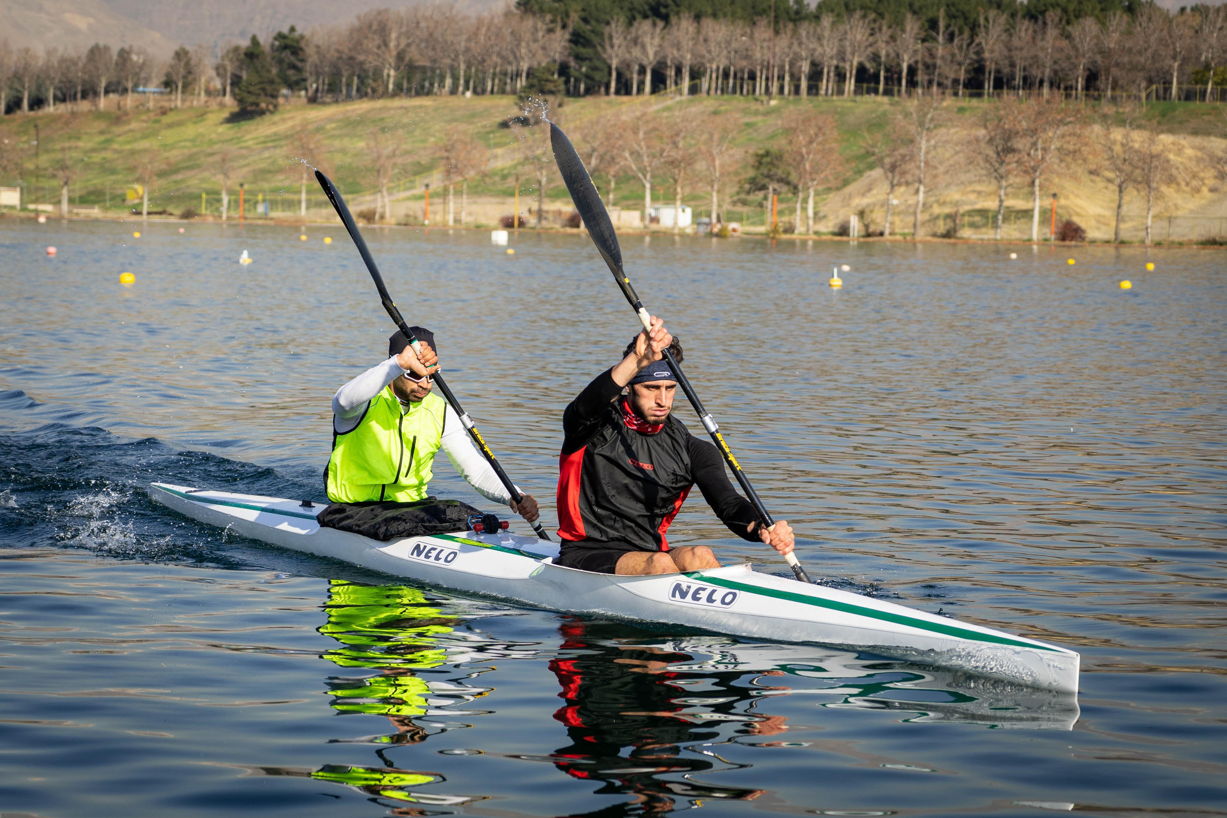 تمرینات ملی پوشان قایقرانی ایران در دریاچه آزادی