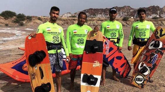 ورزشکاران کایت بردینگ هرمزگانی روز ملی خلیج فارس را گرامی داشتند