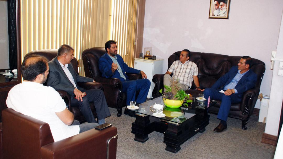 رئیس هیات قایقرانی استان تهران با رئیس فدراسیون دیدار کرد
